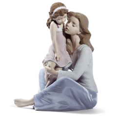 Mother-and-Girl-Figurine